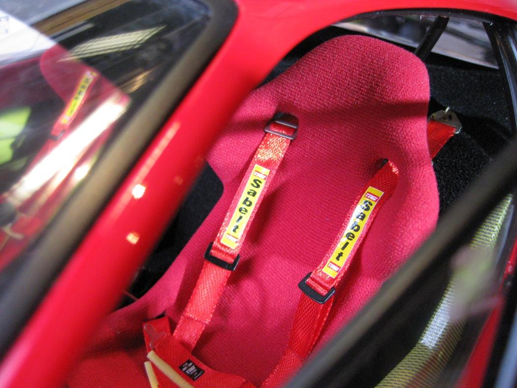 Ferrari F40 von Pocher 1:8 mit autograph Transkit gebaut von Paperstev - Seite 7 014_f410
