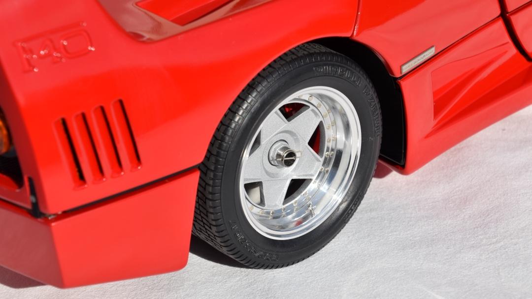 Ferrari F40 von Pocher 1:8 mit autograph Transkit gebaut von Paperstev 014_f411