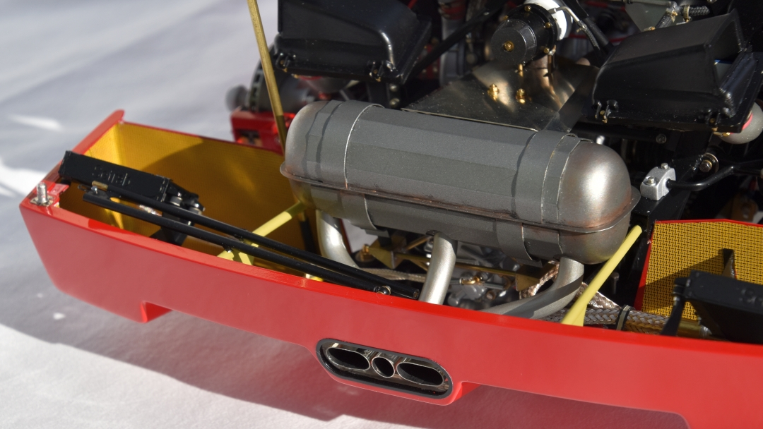 Ferrari F40 von Pocher 1:8 mit autograph Transkit gebaut von Paperstev 018_f411