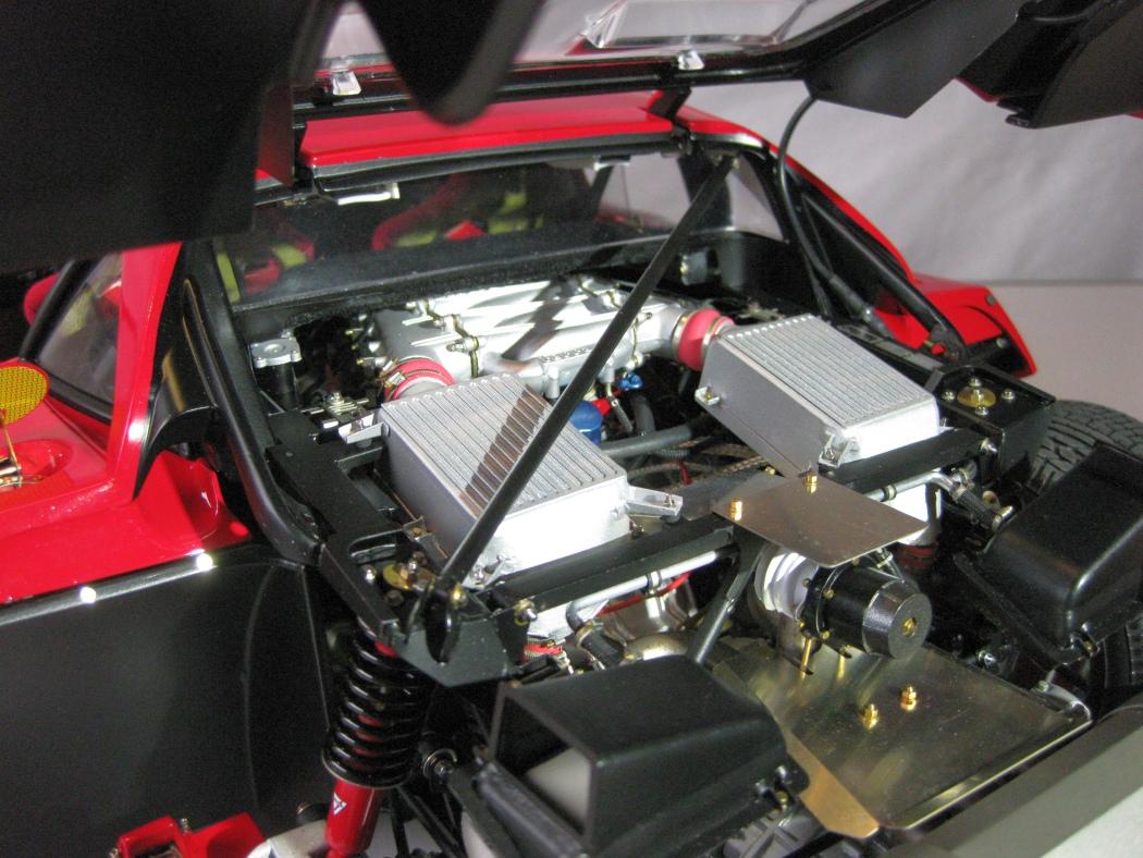 Ferrari F40 von Pocher 1:8 mit autograph Transkit gebaut von Paperstev - Seite 7 021_f410