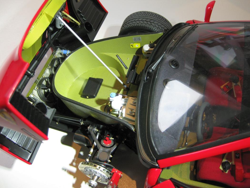 Ferrari F40 von Pocher 1:8 mit autograph Transkit gebaut von Paperstev - Seite 7 027_f410