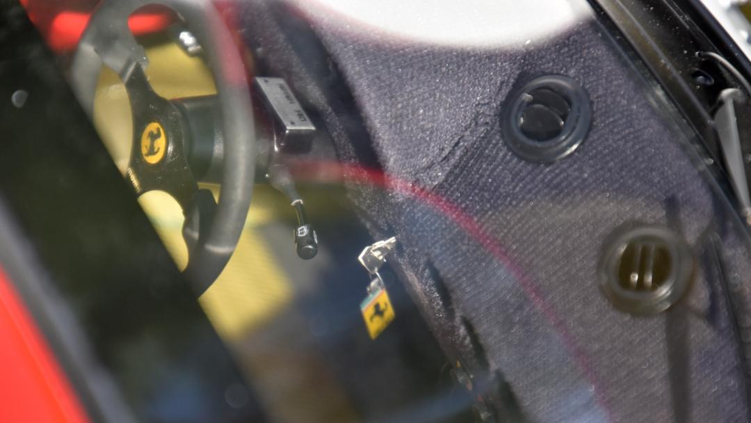 Ferrari F40 von Pocher 1:8 mit autograph Transkit gebaut von Paperstev 028_f411