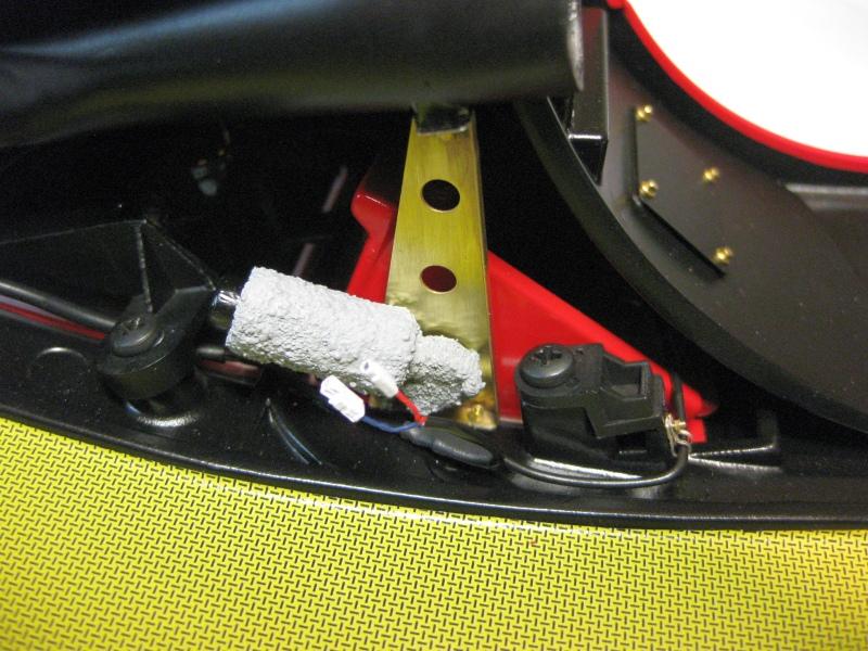 Ferrari F40 von Pocher 1:8 mit autograph Transkit gebaut von Paperstev - Seite 6 050_fr10