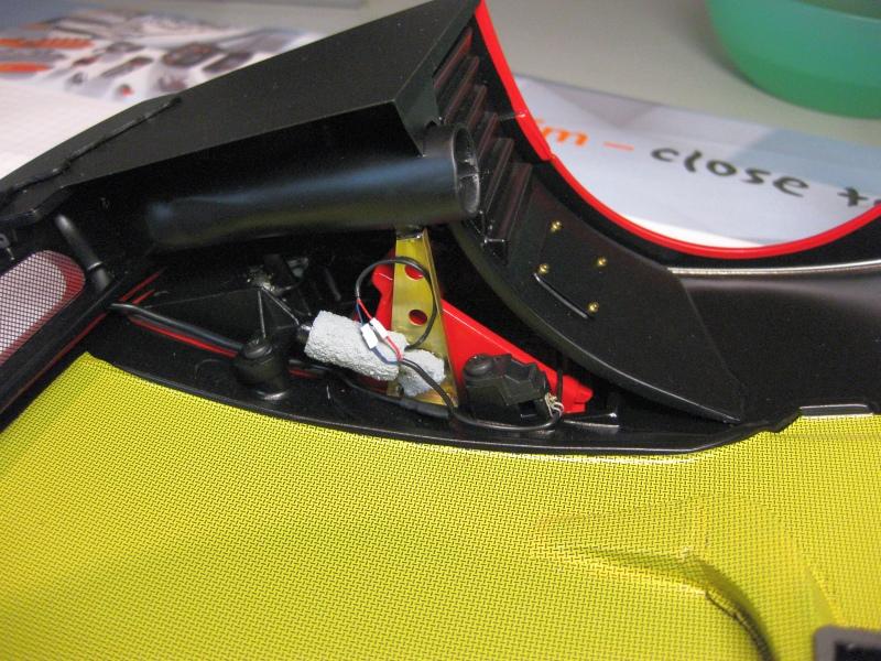Ferrari F40 von Pocher 1:8 mit autograph Transkit gebaut von Paperstev - Seite 6 052_fr10