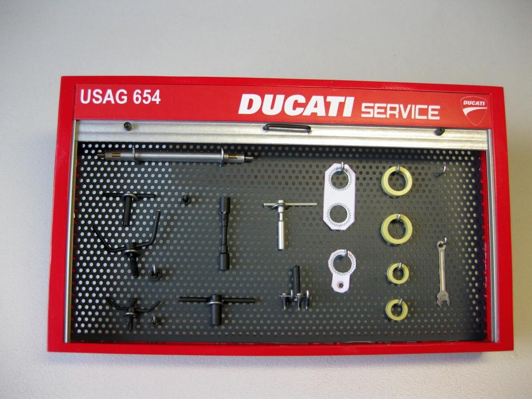 Werkstatt für die Ducati 1199 Panigale S von Tamiya 1:12 gebaut von Papaerstev - Seite 2 121_we10