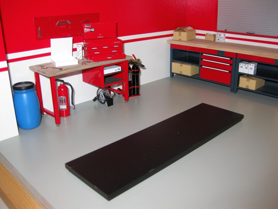 Werkstatt für die Ducati 1199 Panigale S von Tamiya 1:12 gebaut von Papaerstev - Seite 2 155_we10