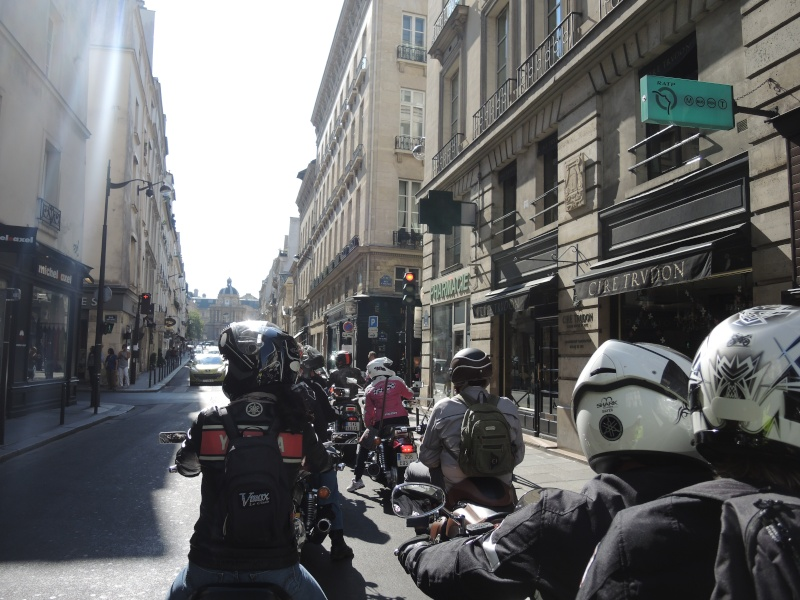 Balade dans le Paris Historique et insolite 28 Septembre - Page 2 Dscn5216