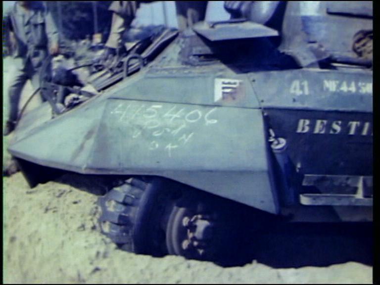 Marquages de automitrailleuses et chars du 2 RSAR 2_rsar11