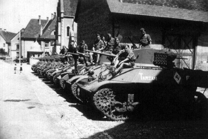 Marquages de automitrailleuses et chars du 2 RSAR 2rsar_10