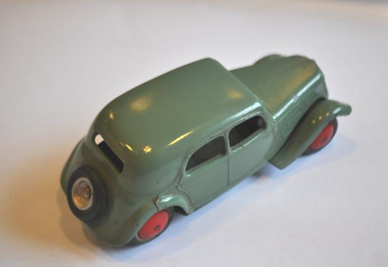 Citroën, les jouets : Traction CIJ et JRD 12 cm pas plus!  Dsc_0512