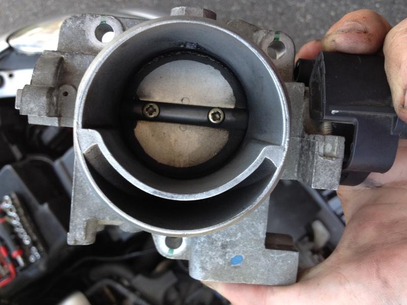 moteur tremble à froid 2.0L S16 + voyant anti-pollution de temps en temps Img_2910