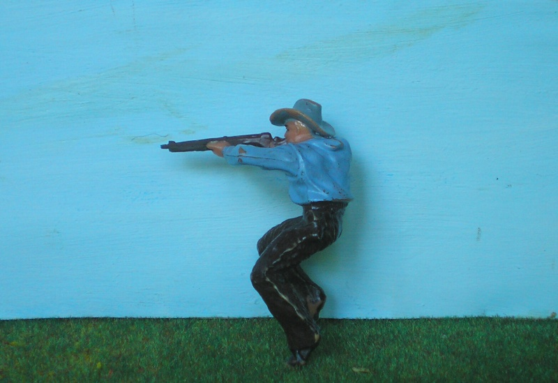 Bemalungen, Umbauten, Modellierungen - neue Cowboys für meine Dioramen 180n4_10
