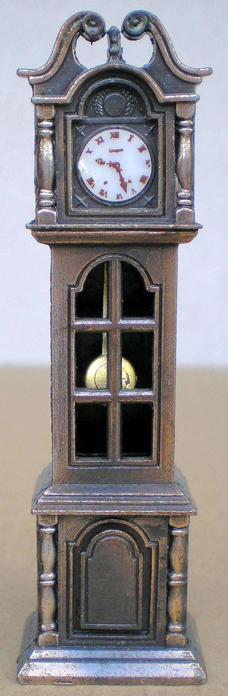 Möbel, Geschirr und ähnliche Kleinteile zur Figurengröße 7 cm Anspit14