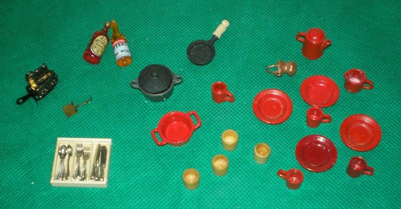 Möbel, Geschirr und ähnliche Kleinteile zur Figurengröße 7 cm Geschi10