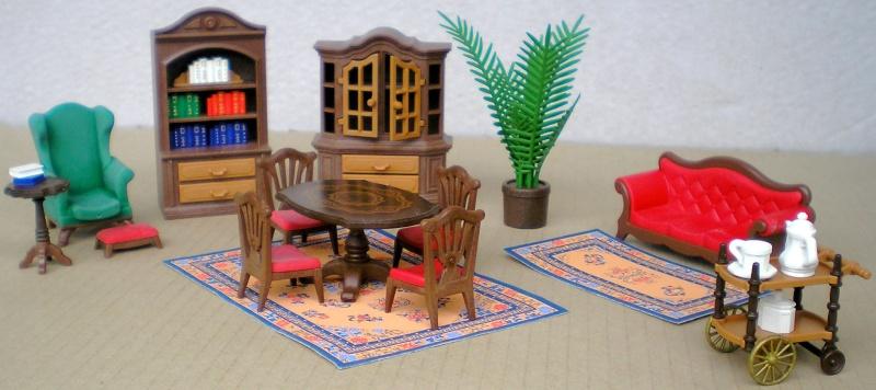 Möbel, Geschirr und ähnliche Kleinteile zur Figurengröße 7 cm Pm_53210