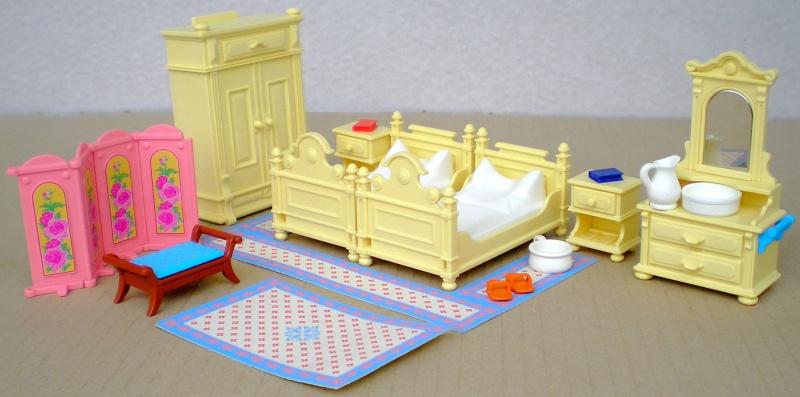 Möbel, Geschirr und ähnliche Kleinteile zur Figurengröße 7 cm Pm_53212