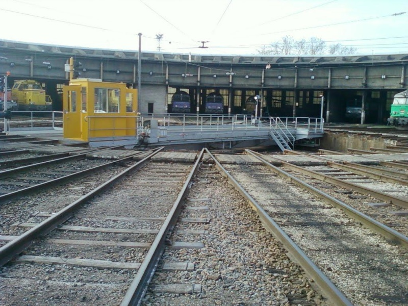 A la recherche des rotondes ferroviaires - Page 3 Rotond13