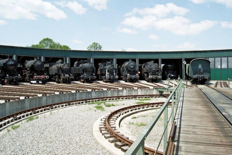 A la recherche des rotondes ferroviaires - Page 3 Rotond24