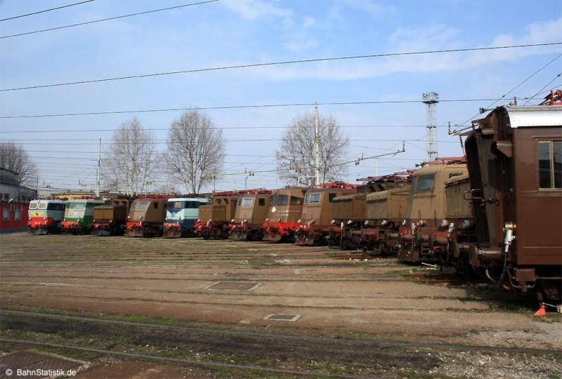 A la recherche des rotondes ferroviaires - Page 3 Rotond42