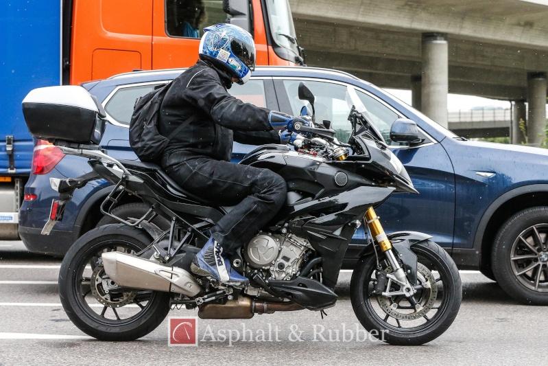 BMW S1000XR 2015-b10