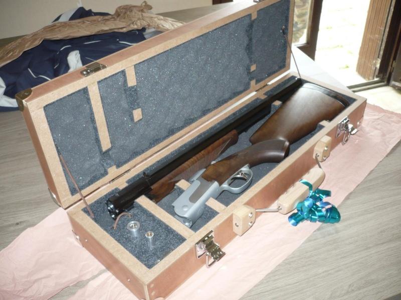 [réalisation] une valise pour fusil de chasse - Page 2 P1050012