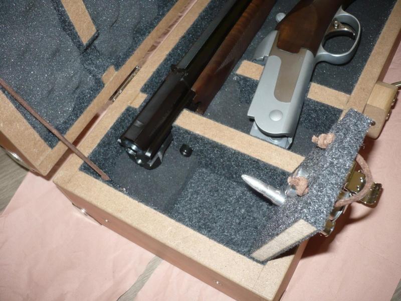 [réalisation] une valise pour fusil de chasse - Page 2 P1050014