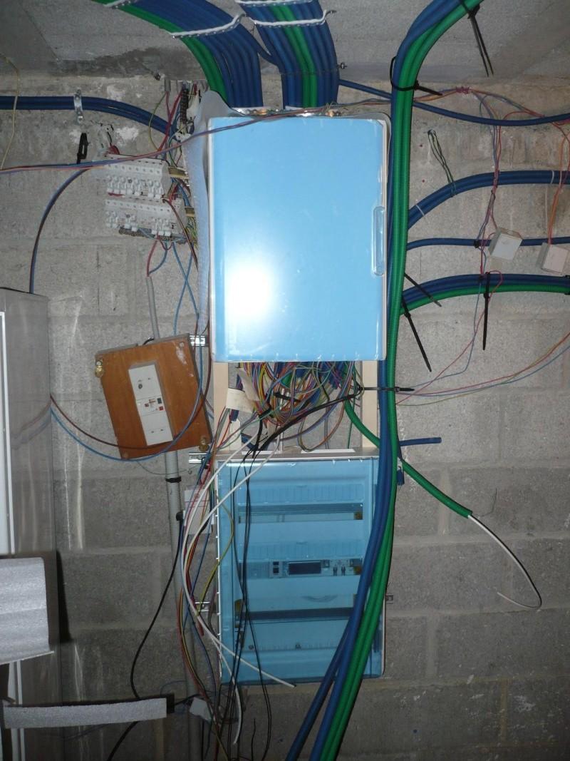 electricité, quand tout est bon à refaire - Page 2 P1050610
