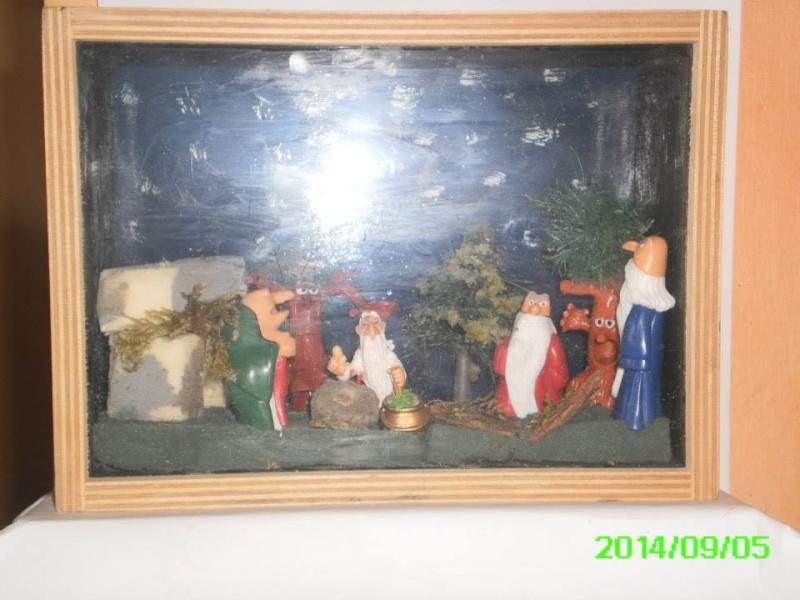 Les réalisations dioramas et vitrinettes kinder récup. 10615911