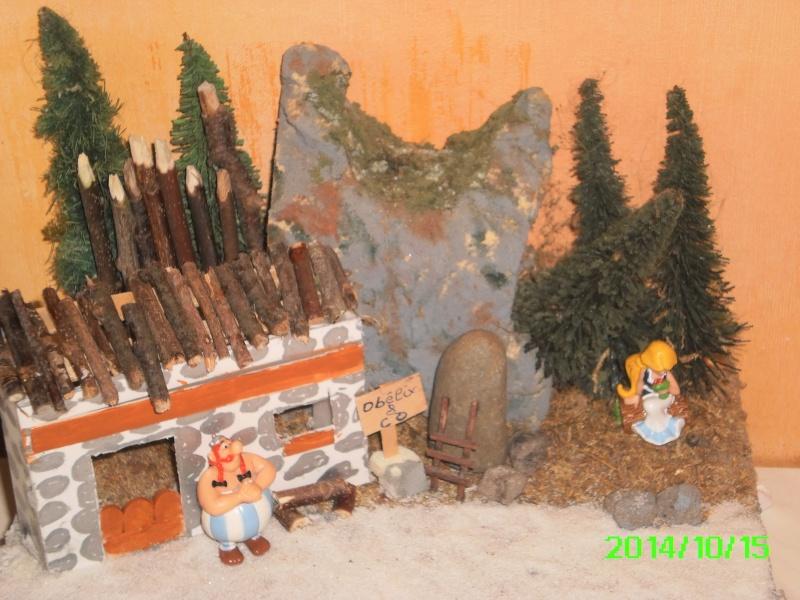 Les réalisations dioramas et vitrinettes kinder récup. Pict0015
