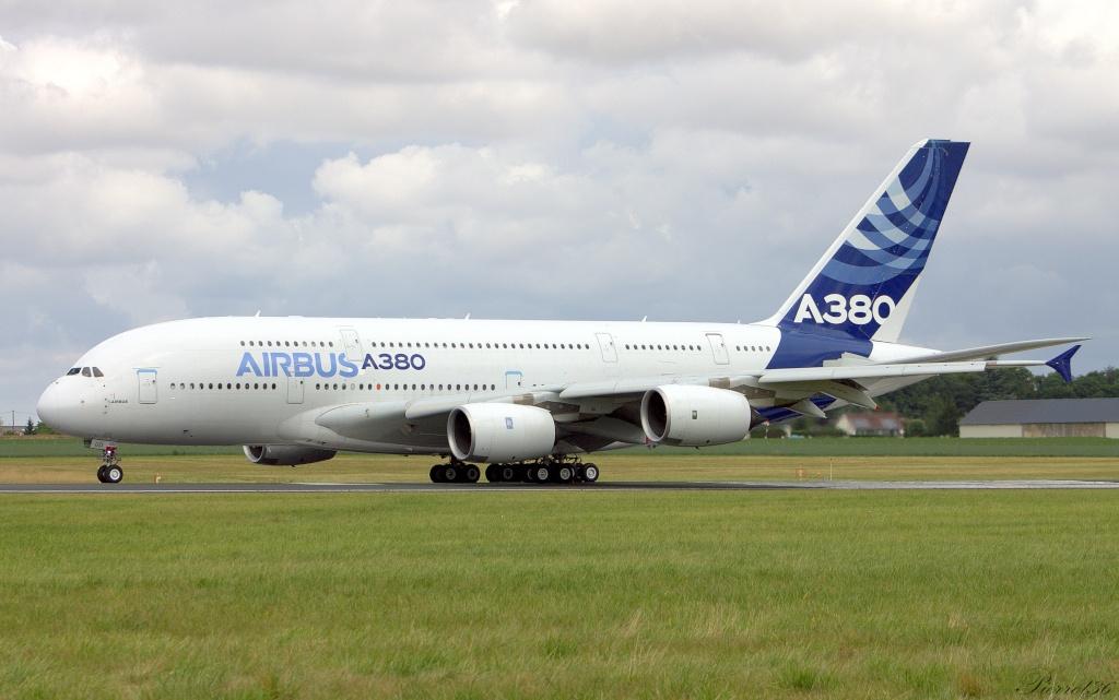 Chateauroux-centre LFLX/CHR:juillet2014 A380_011