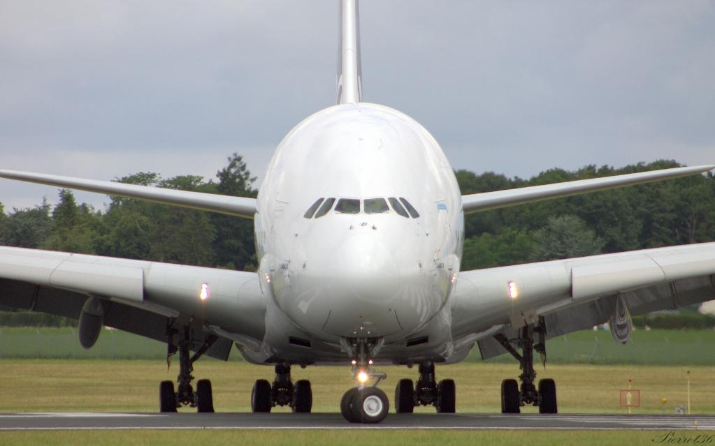 Chateauroux-centre LFLX/CHR:juillet2014 A380_012