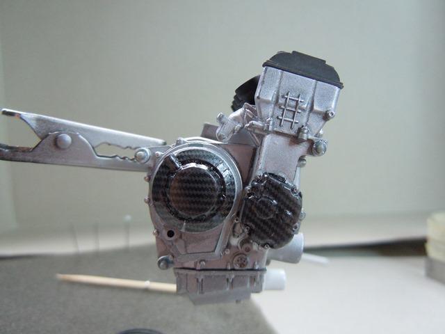 KAWASAKI ZX-10R 2011 EVA RACING Dscn3410
