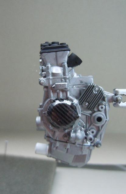 KAWASAKI ZX-10R 2011 EVA RACING Dscn3412