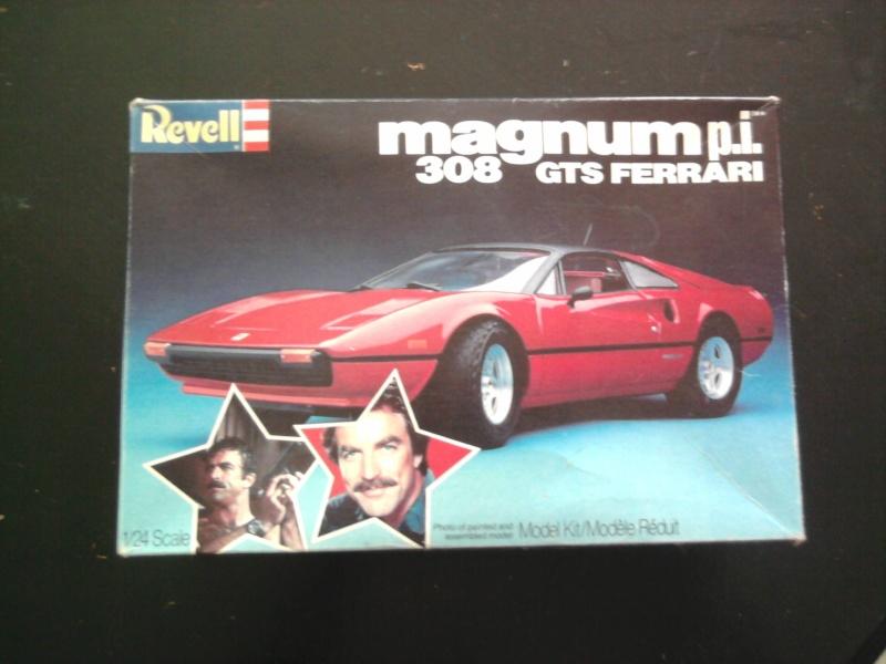 Revell Magnum P.I Ferrari 308 GTS 1:24 01_11