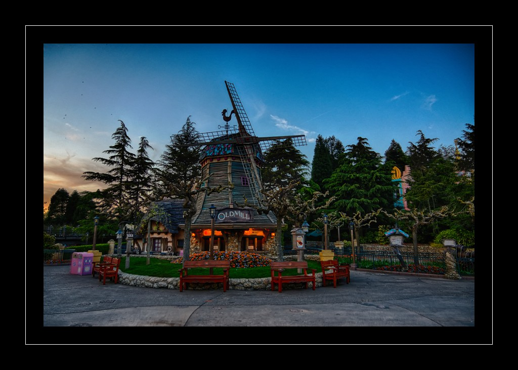 Photos de Disneyland Paris en HDR (High Dynamic Range) ! - Page 3 Dsc08612