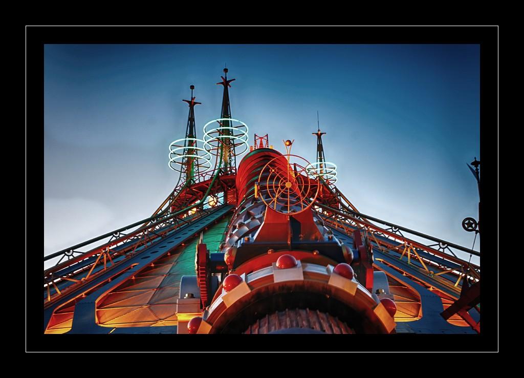 Photos de Disneyland Paris en HDR (High Dynamic Range) ! - Page 11 Dsc09410