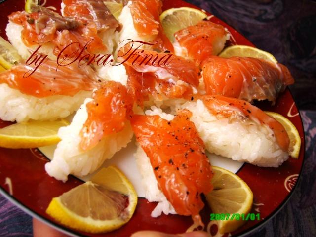 Суши с красной рыбой Aid_110