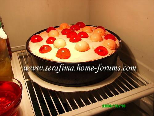 Бисквитный торт с клубничным суфле Img4f914