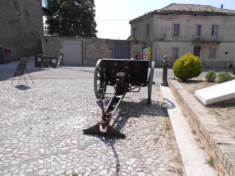 Canon de campagne à Ripatransone - Italie Dscn0616