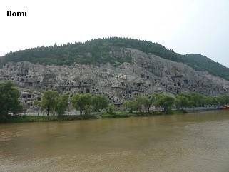 La Chine sac au dos (32)  Luoyang (洛阳), Grottes de Longmen (龙门石窟) Henan (河南). Sur la route des anciennes Capitales 11a-gr10