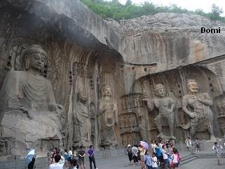 La Chine sac au dos (32)  Luoyang (洛阳), Grottes de Longmen (龙门石窟) Henan (河南). Sur la route des anciennes Capitales 15a-lo10