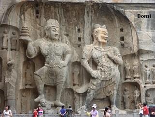 La Chine sac au dos (32)  Luoyang (洛阳), Grottes de Longmen (龙门石窟) Henan (河南). Sur la route des anciennes Capitales 16a-lo10