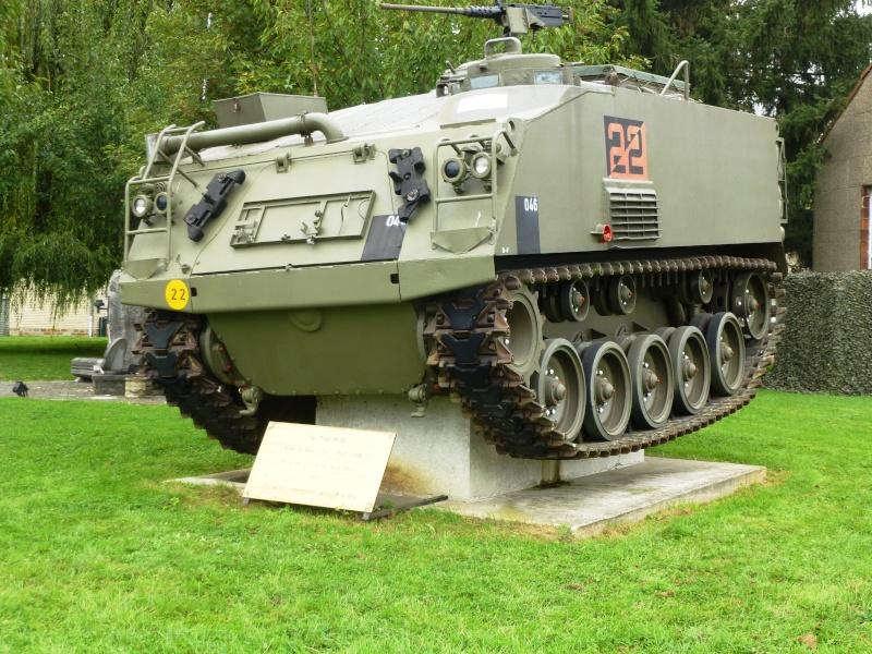 Véhicule de l'armée belge - Page 3 P1030428