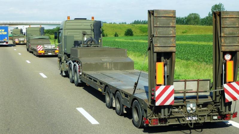 Véhicule de l'armée belge - Page 3 Papy_415