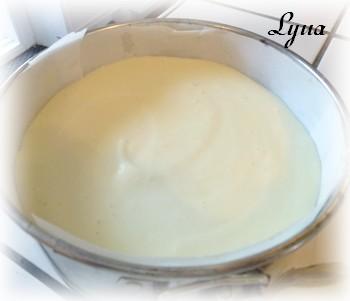 Gâteau à la crème d'amandes et fraises Gateau17