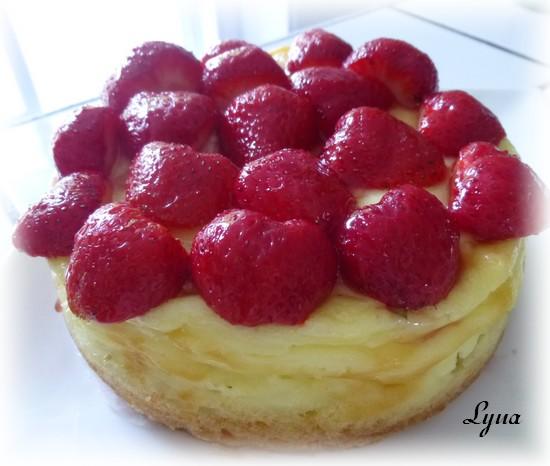 Gâteau à la crème d'amandes et fraises Gateau19