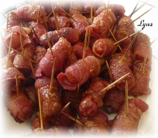 Saucisses cocktails enrobées de bacon Saucis13
