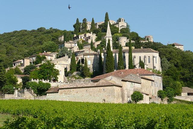 La-Roque-sur-Cèze, un des plus beaux villages de france dans le Gard 30 (ref0008) 640px-12