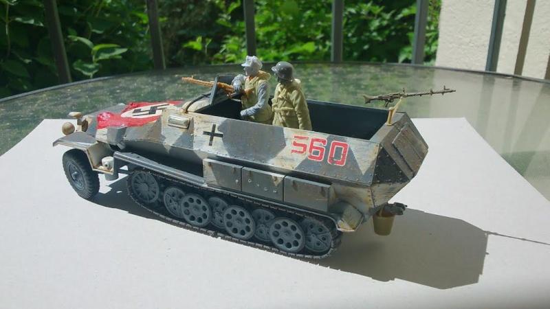 Sd.Kfz 251/1 ausf C en Ukraine Tamiya 1/35 Sdk210
