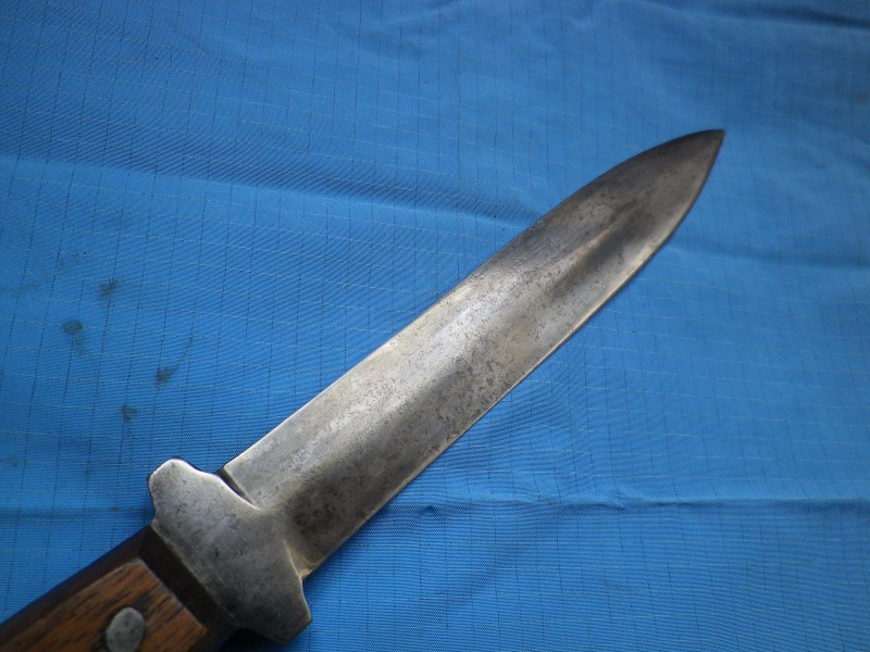 Couteaux US et autres, avec du vécu - Page 18 Imgp8925